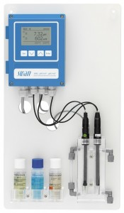 AMI pH/mV:pH/mV Pool / Analizator ciągłego pomiaru pH i potencjału redoks w wodzie basenowej