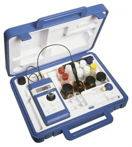 Chematest 25 / Przenośny analizator stężenia dezynfektantów, rozpuszczonego żelaza i aluminium, pH i potencjału redoks